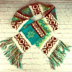 Old Navy wool blend long Nordic scarf